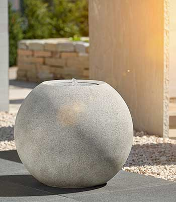 ESTERAS ball fountains – timeless elegance